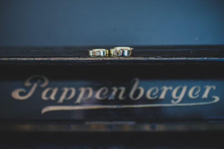 www.kieferfoto.hu - esküvő fotózás - Wedding photo - Budapest - Hungary - jegygyűrű #Budapest #Hungary #wedding #photo #kieferfoto #ring