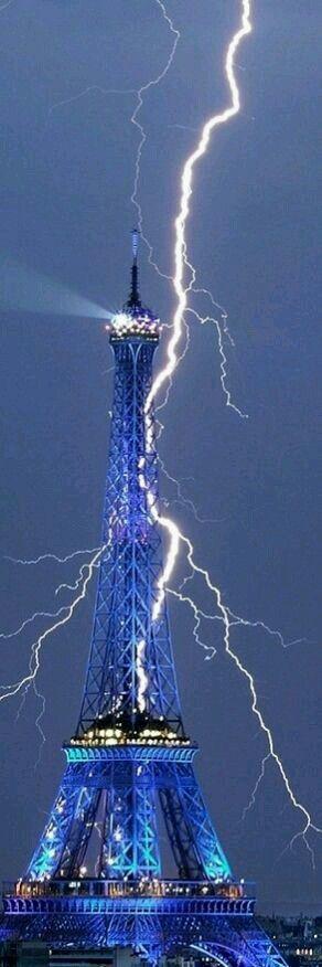Lightning strikes the Eiffel Tower...Stunning...