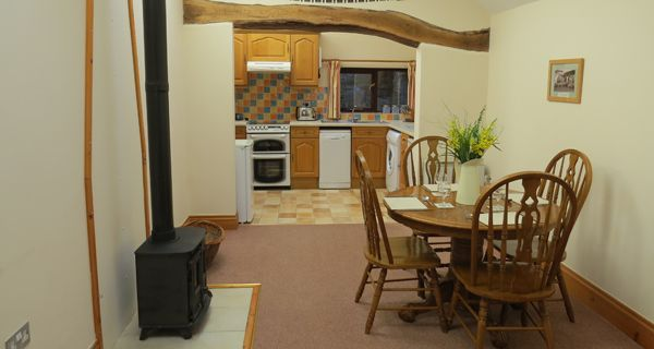 North Devon Holiday Cottages - Maddox Down Farm Holidays offer luxury self-catering holiday cottages on a working farm within the beautiful North Devon countryside just minutes from the sea