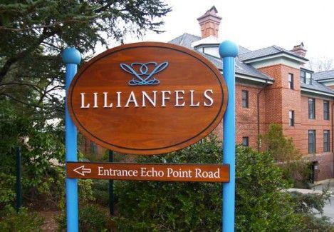 Lillianfels Motel Sign on site / Danthonia Designs