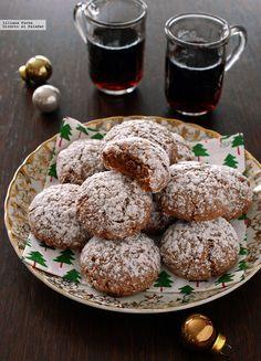 Galletas amaretti de chocolate y canela.   Si buscáis una receta de galletas sencilla, rápida y no muy voluminosa, pensando en hacer un regalo estas fiestas, las amaretti de chocolate y canela son una...