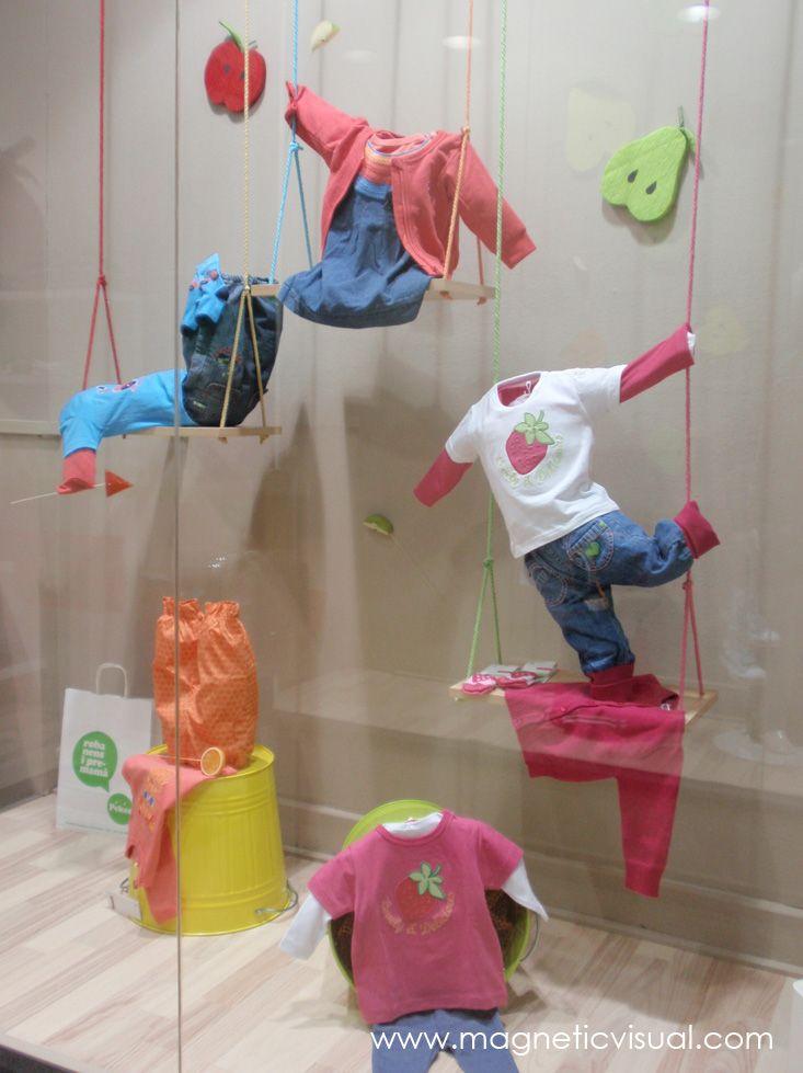 Escaparate moda infantil