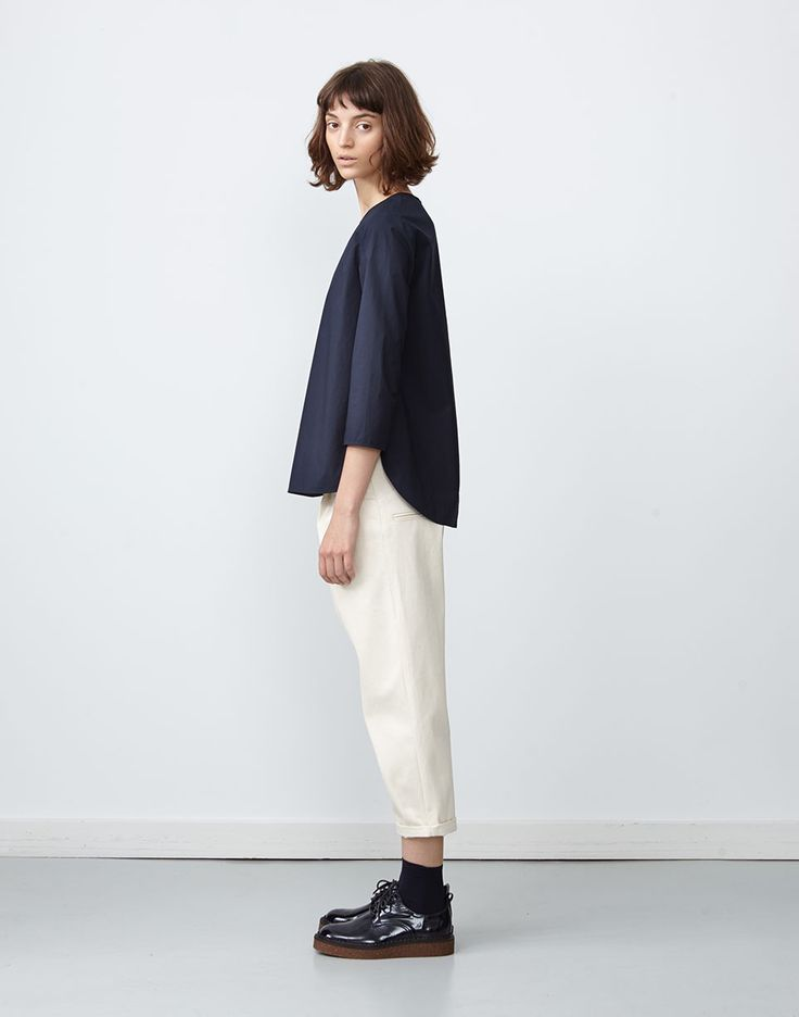 Hibiki-Top-Indigo-Nakano-Jean-Natural-3.jpg 963×1,225 pixels