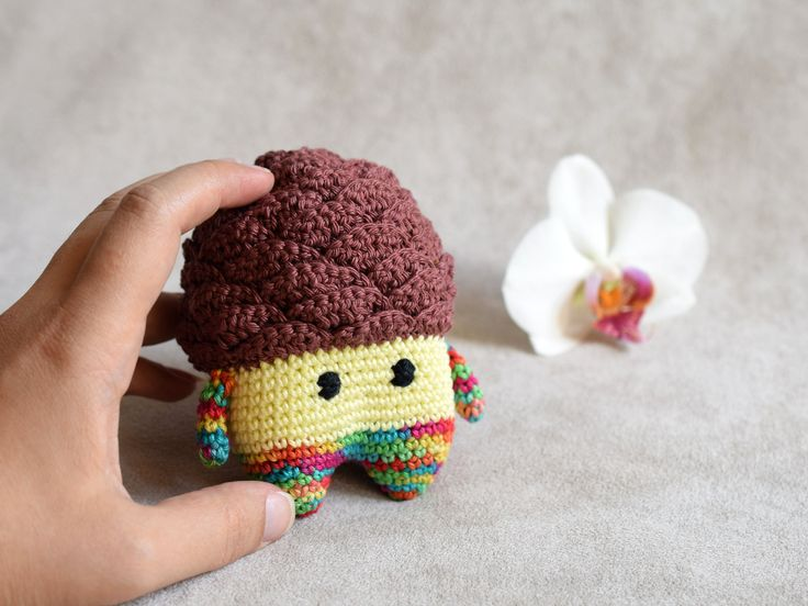 Pinecone Woody doll, Lalylala inspired doll, rainbow and brown amigurumi…