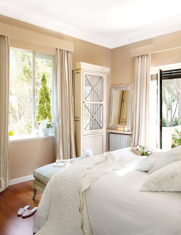 Más espacio para guardar en el dormitorio · ElMueble.com · Dormitorios - Armarios acristalados y entelados