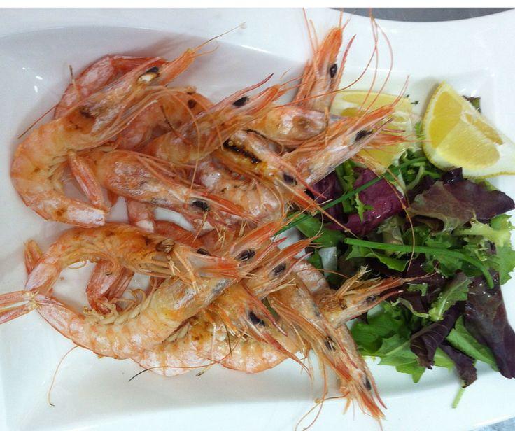 Del mar a #Caceres, unas gambitas de huelva recién hechas ¡Mmmmm, qué ricas! http://www.restauranteeustaquio.es/ #restaurante