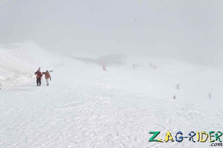 chutes de neige record dans les Pyrénées du côté de Luchon -  #froid #neige