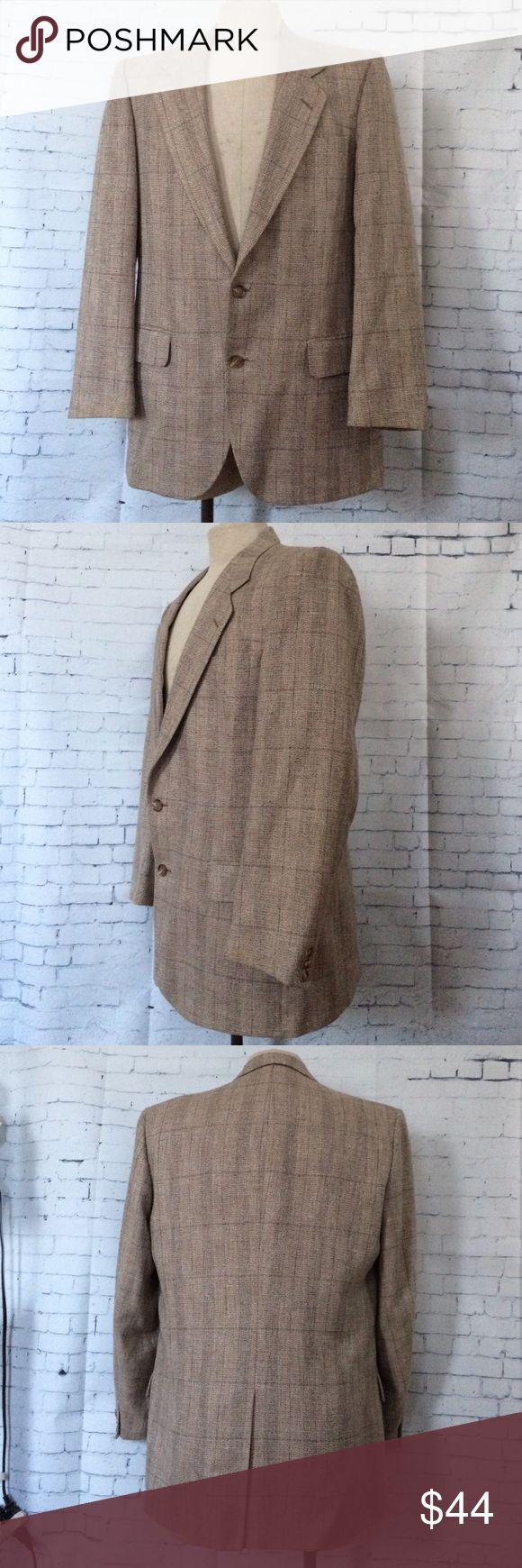 "Nino Cerruti Mens Beige Silk Sport Coat Jacket 44R Nino Cerruti Mens Beige Silk Sport Coat Jacket 44R.   Measurements Shoulders 18.5"", Chest 46"", length 31.5"", Sleeve 25.5"" and Inseam 17"". Nino Cerruti Suits & Blazers Sport Coats & Blazers"