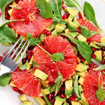 Avocado-Grapefruit-Salat mit Parmaschinken