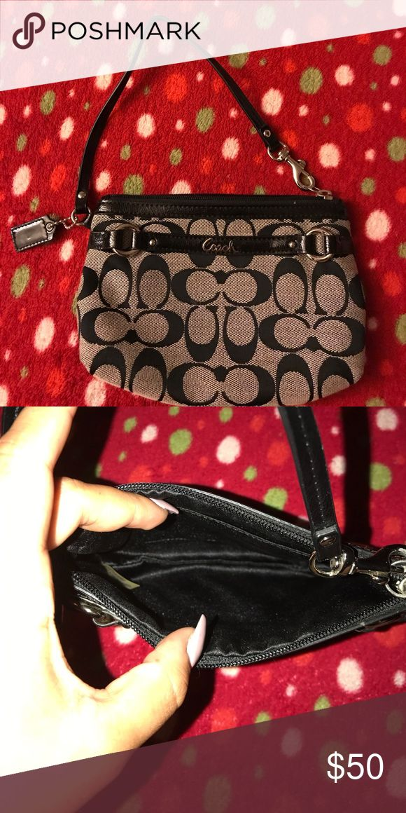 Coach clutch Never used Coach Bags Clutches & Wristlets