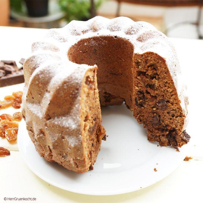 Rum-Trauben-Nuss-Kuchen