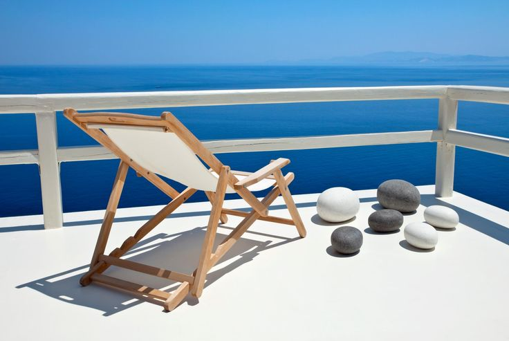 This year welcome #May on #Sifnos #island and indulge in the amazing #hospitality of #VerinaSuites and #VerinaAstra.  http://www.tresorhotels.com/en/offers/255/anoiksiatikh-apodrash-sth-sifno-gia-thn-prwtomagia