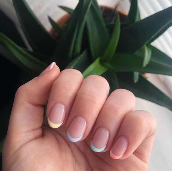 Esmaltes: Francesinha Colorida | Short acrylic nails, Best acrylic nails, Rainbow nails