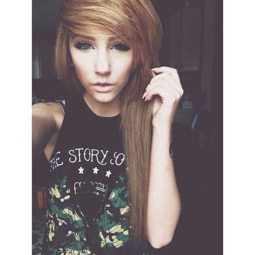 This is so gorgeous. This is how my hair would be cut, if my mom would let me...( I know, I'm so punk rock )