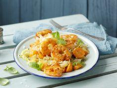 Dieses Gericht hat einen niedrigen Glykämischen Index und ist daher für die Glyx-Diät geeignet. Probieren Sie unser leckeres Rezept für Curry-Garnelen mit Spitzkohl.