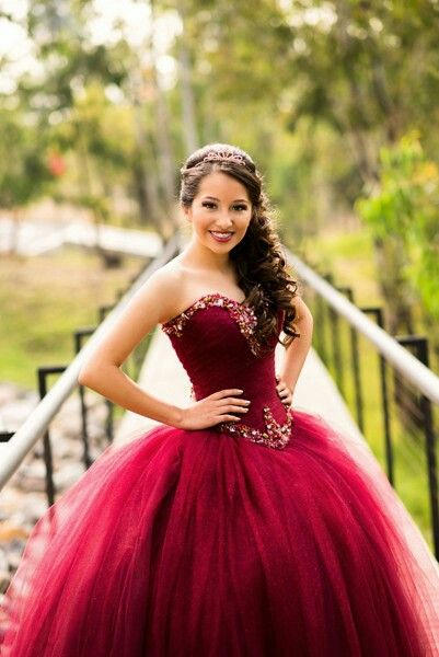 Pin By Nika Donato On Debu Quinceanera Photography