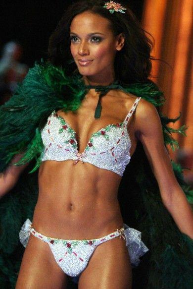 Victoria's Secret 'Fantasy Bra' ArŞivi