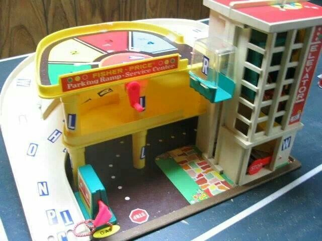 One of my all time fave toys.  Especially before the elevator was broken by one of my brothers.