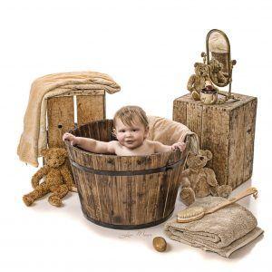 Old Fashioned Baby Bath Tub