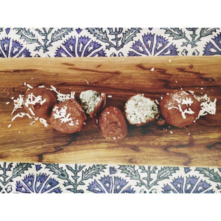 Raw Choc Coconet Mint Balls