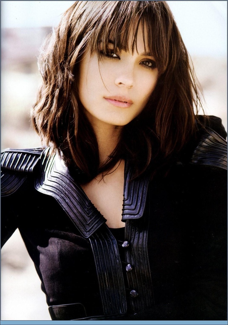 Shannyn Sossamon <3 and from my favorite movie of all time!!!!! A Knight's Tale