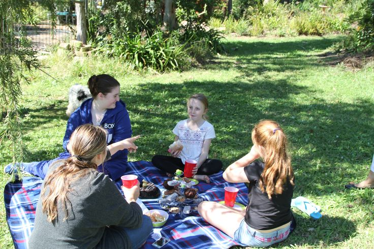 Students from Learn2sew School holiday 3 Day  Workshops having lunch