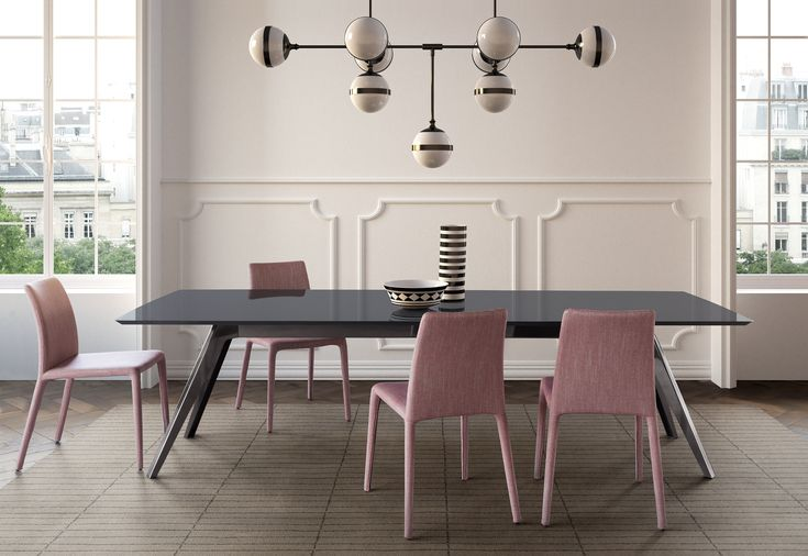 DELTA table and EMI chairs | PIANCA |