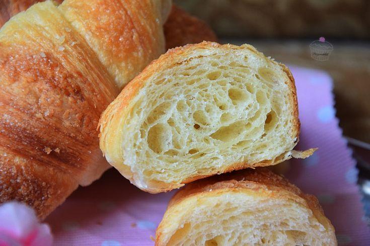 Croissant sfogliati | Ricetta con Lievito Madre
