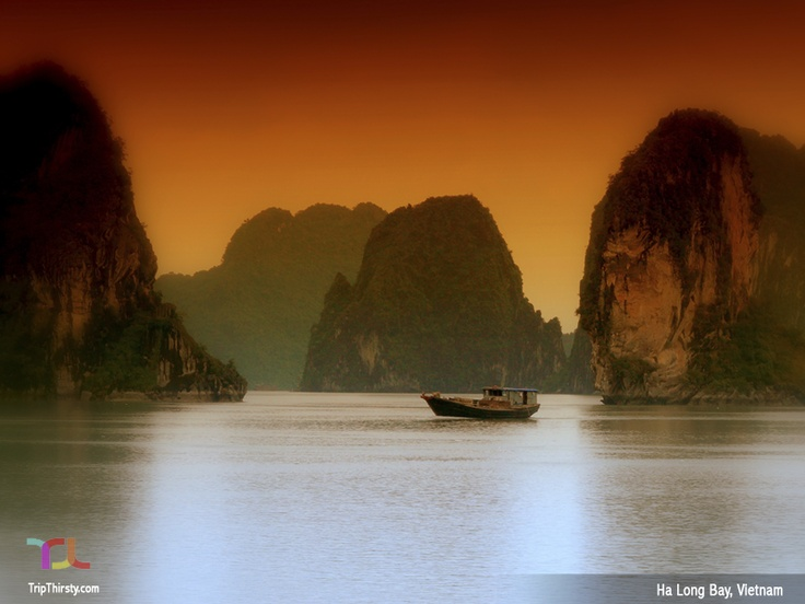 Ha Long Bay is a UNESCO World Heritage Site, and a popular travel destination, located in Quang Ninh province, Vietnam.