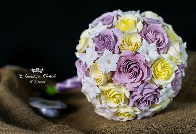 Bouquet da sposa di rose miste fatto a mano di pasta polimerica Deco. #decoclay #decoclayitaly #handmade #regalihandmade #regalioriginali #regali #bouquetdasposa #bouquet
