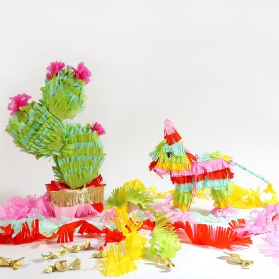 Tiny cactus and donkey piñata tutorial with pdf pattern at the bottom. Super cute!!