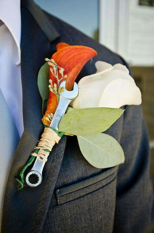For the groom that is a mechanic. I am so doing this!!