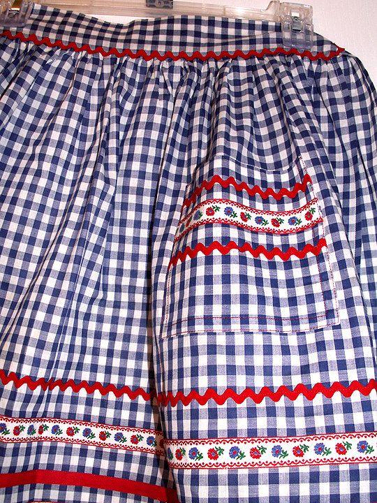 Vintage APRON Country Design Retro Kitchen BLUE  White Gingham Check Farmhouse 1950s