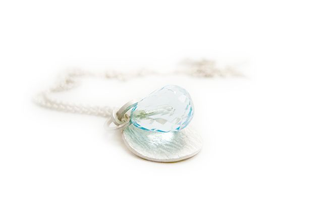 Necklace. Silver and aquamarine. By Little Raw Detail.