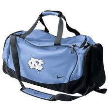Want an like this gym bag :) Go tar heels!