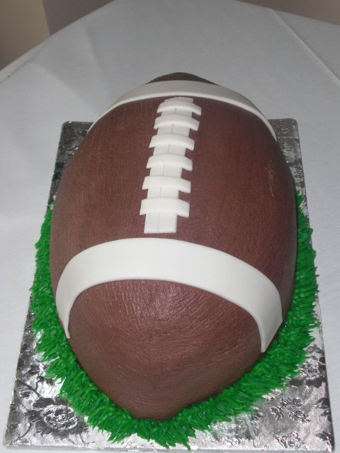 football cake   http://www.momtastic.com/cooking-recipes/dessert/175301-football-cake-recipe