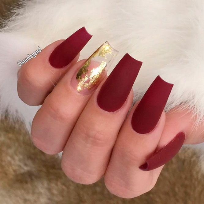 Gorgeous Nails Upgrades With Gold Foil Naildesignsjournal Com Gold Acrylic Nails Gold Nail Designs Red And Gold Nails