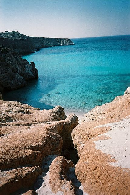 Tsigrado beach, Milos island #Greece