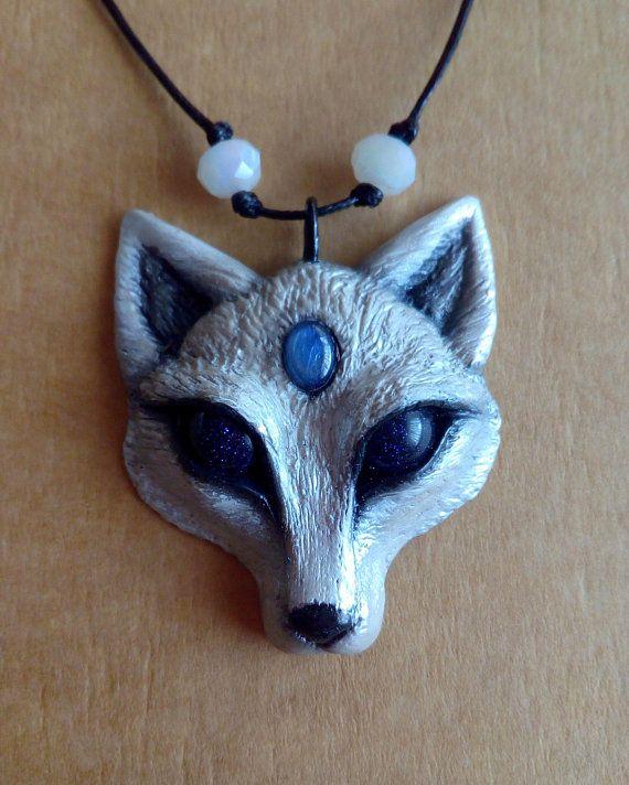 Arctic fox pendant / Fox pendant / Fox amulet / Spirit