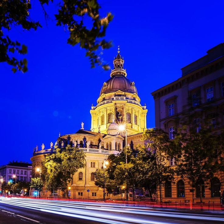 We shot this photo from the corner. Come and visit St. Stephen's Basilica and its fancy neighbourhood.