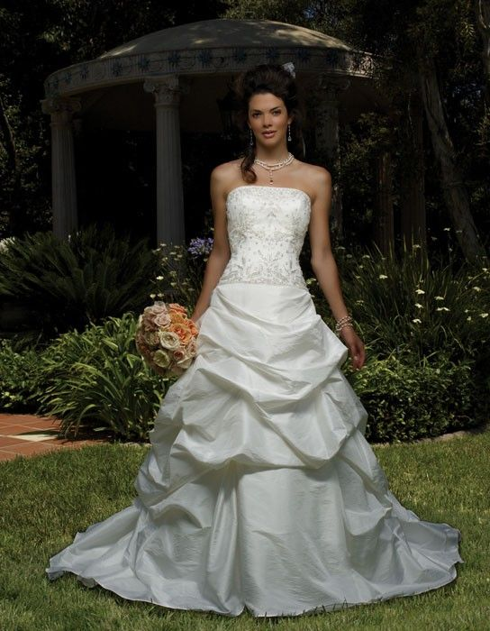 Formal Style. Formal Style JUST IN!!  This GORGEOUS Casablanca Size 8 White/Silver Wedding Gown.