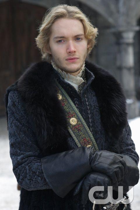 """Reign -- """"Forbidden"""" -- Image Number: RE215a_0167.jpg -- Pictured: Toby Regbo as King Francis II  -- Photo: Sven Frenzel/The CW -- © 2015 The CW Network, LLC. All rights reserved.pn"""