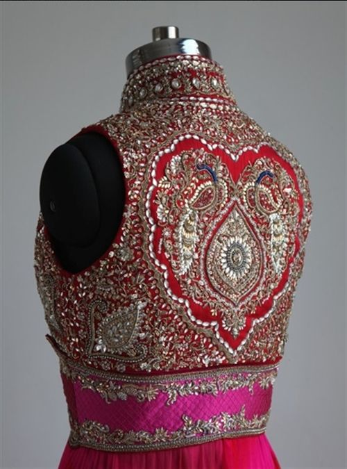 Check out this great embellished bodice... I think i nearly died abit! http://www.AsianBride.me