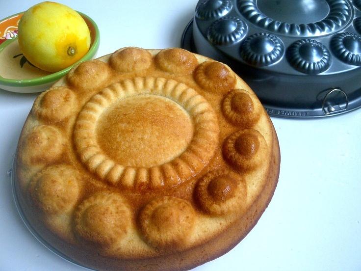 citroen & olijfoliecake met Zeeuwse knop bakvorm