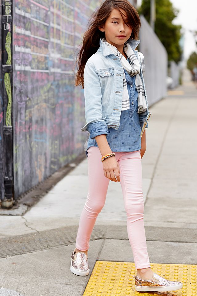 She won't be able to resist striking a pose in these Old Navy Rockstar Pastel Jeggings.