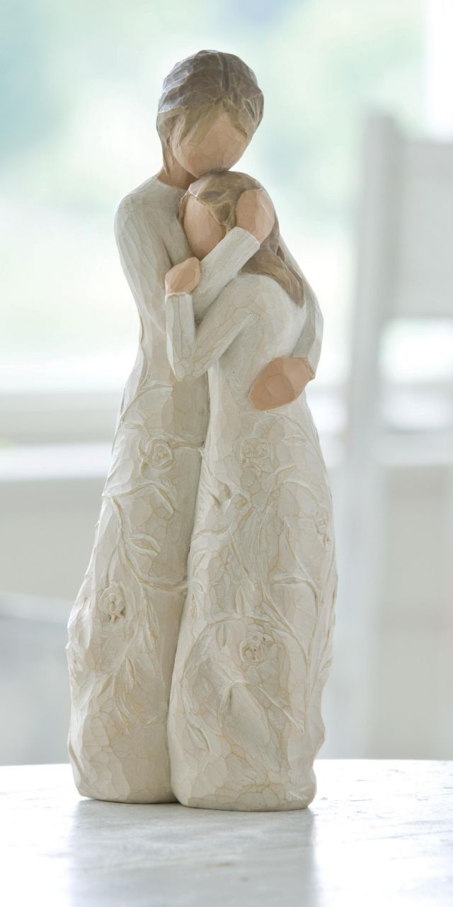 """Close to me"" Willow Tree figure. I am SO getting this for my Mom's birthday present!"