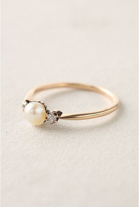 Vintage Pearl Engagement Ring | Modern Anne of Green Gables Wedding Inspiration in Blush and Spring Green
