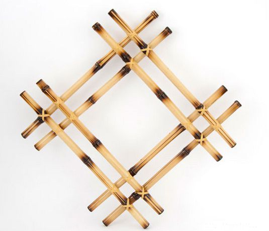Bamboo wall decor ideas burned sticks put together maybe for Where to buy bamboo sticks for crafts