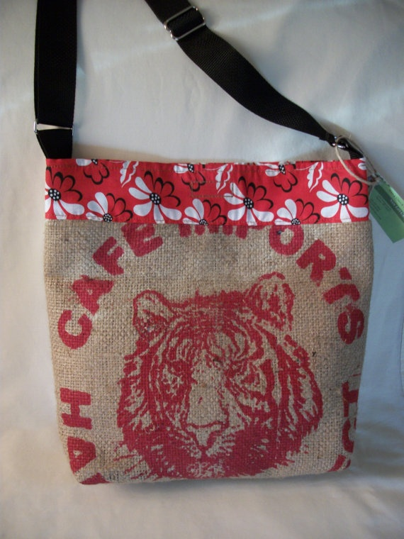 Upcycled burlap coffee bean bag baltaszarka pinterest for Burlap bag craft ideas