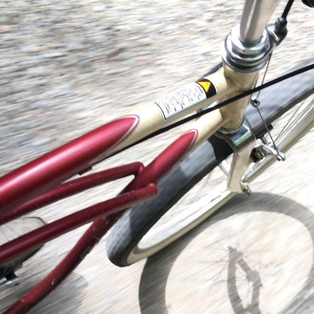 クランカー Klunker でよみがえる26インチmtbの愉しみ 古いタイヤ 自転車 ダウンヒル